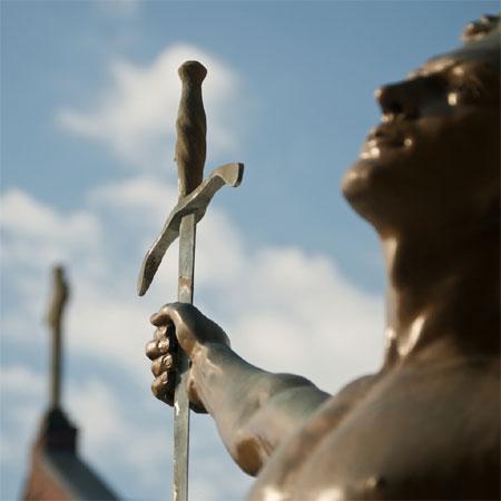 Zwaard en kruis