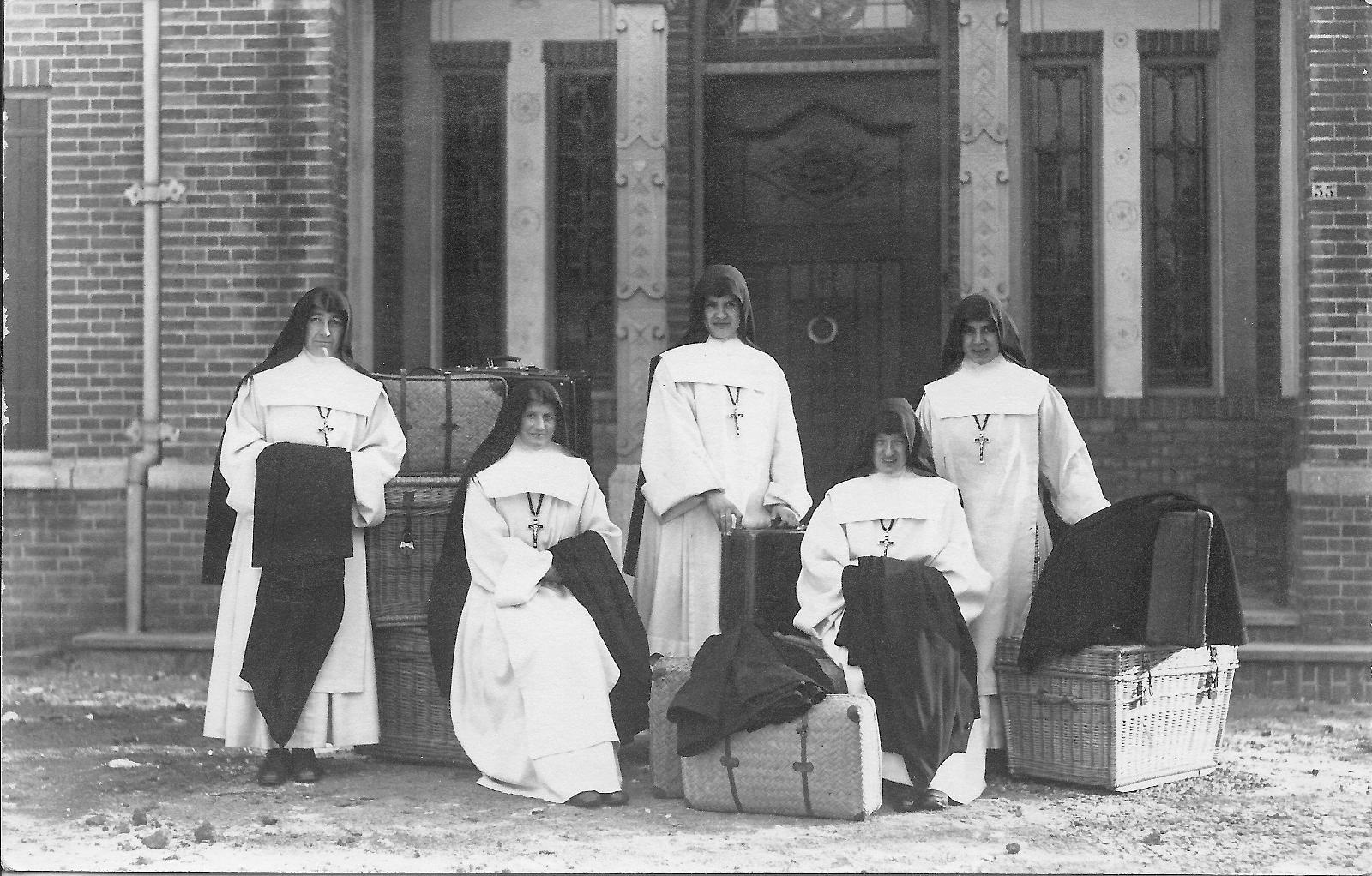 Vijf witte zusters
