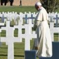 Paus Franciscus, begraafplaats, oproep geweldloosheid