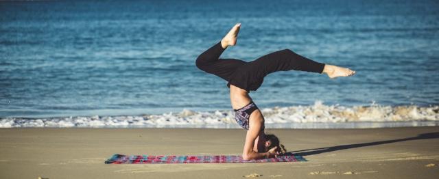 Bernice houdt van keihard redeneren én van languit liggen op haar yogamat