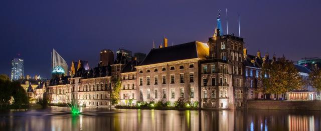 Keert God terug in Den Haag?